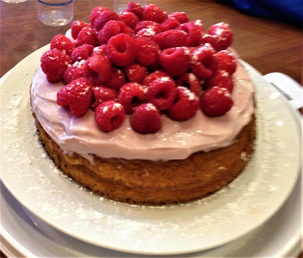 Raspberry Genoise with Armaguinha