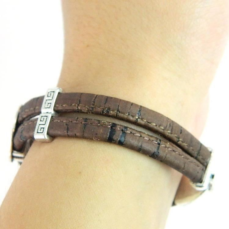 Organic Natural Wooden Cork Boy Girl Family Children Kids Bracelets Jewelry Mom