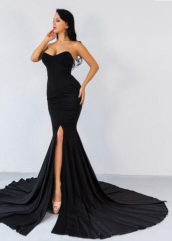 Gorgeous Long Dress with Train