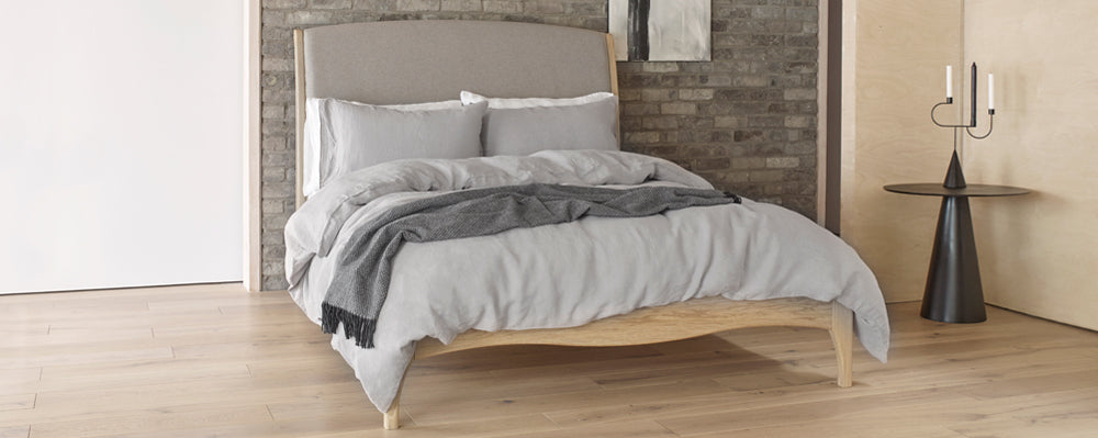 Calm grey linen bedding | scooms
