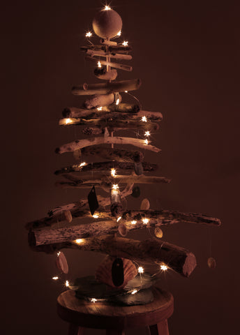 Driftwood Christmas Tree with Lights | scooms