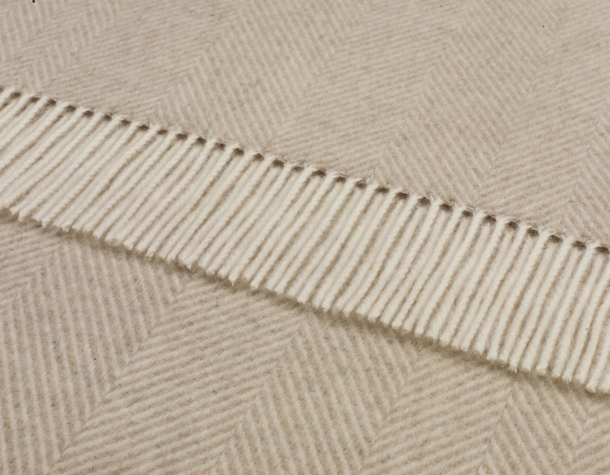 Alpaca wool throw natural herringbone | scooms
