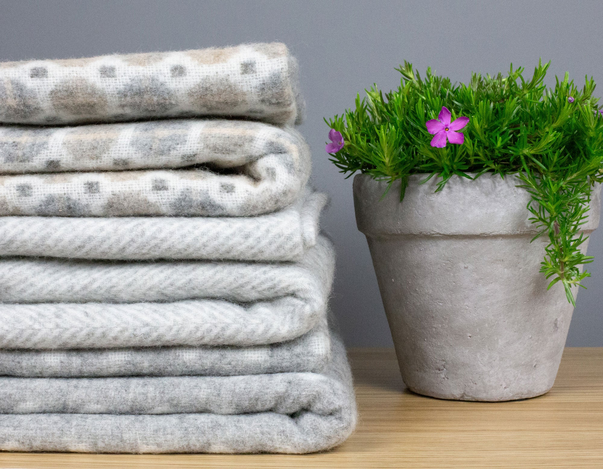 Merino Lambswool Throws Stack | scooms
