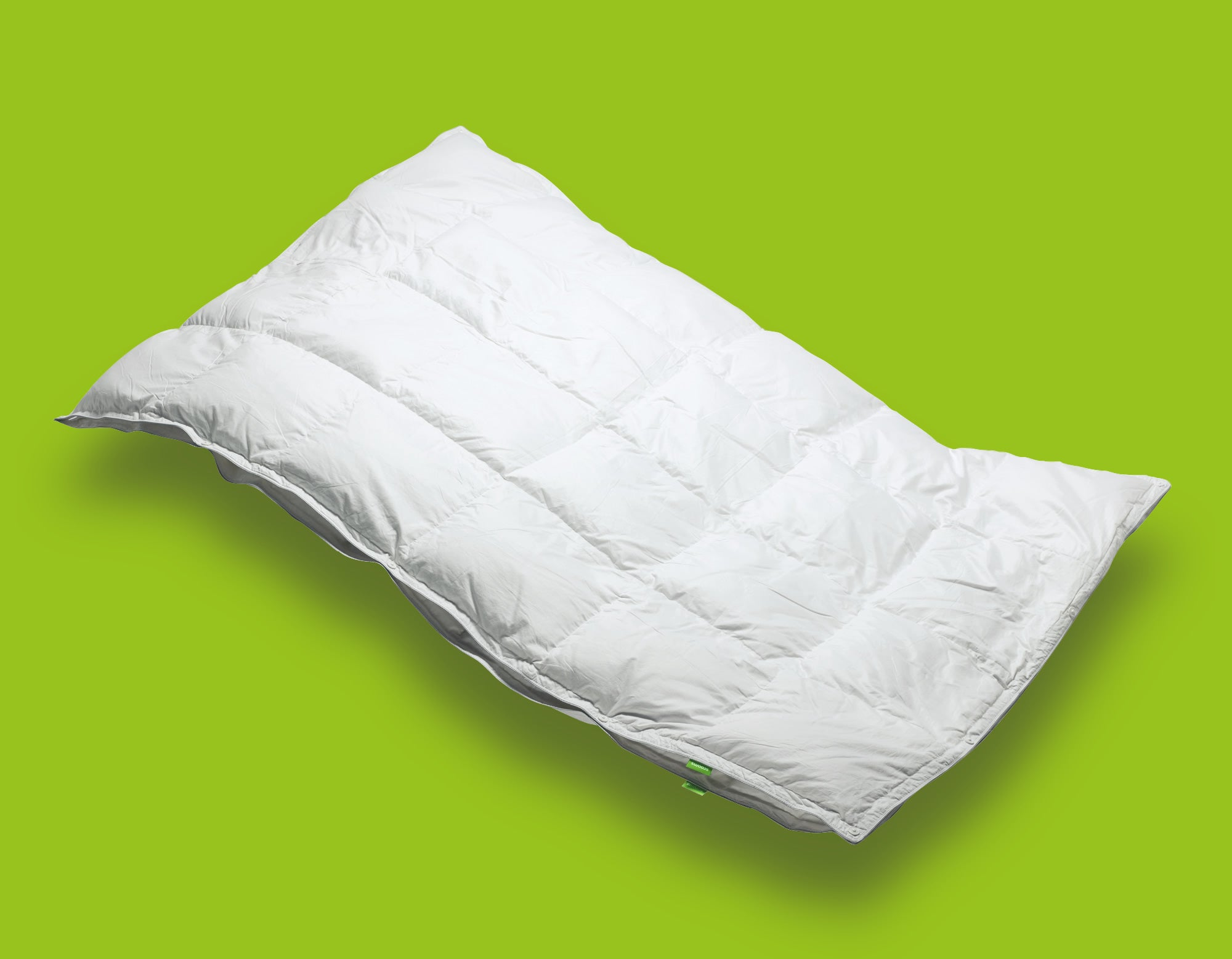 Hungarian goose down duvet floating | scooms