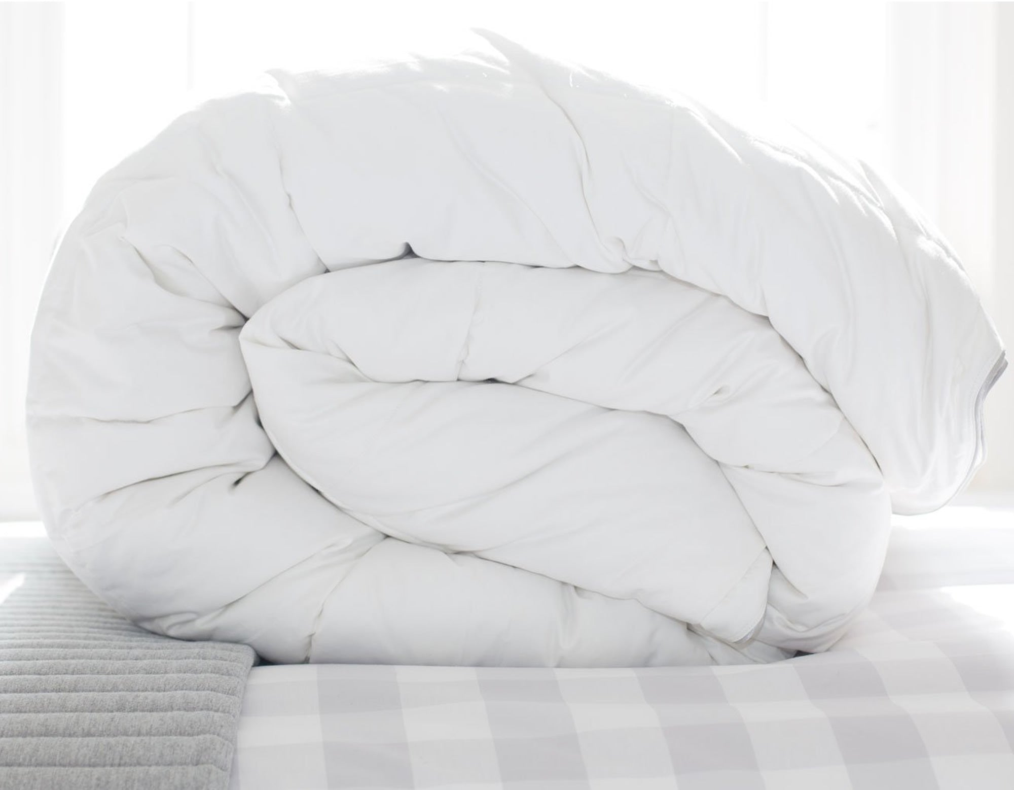 Hungarian goose down duvet rolled | scooms