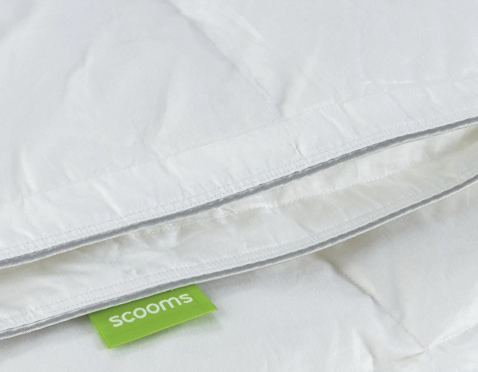 Hungarian goose down duvet edging | scooms