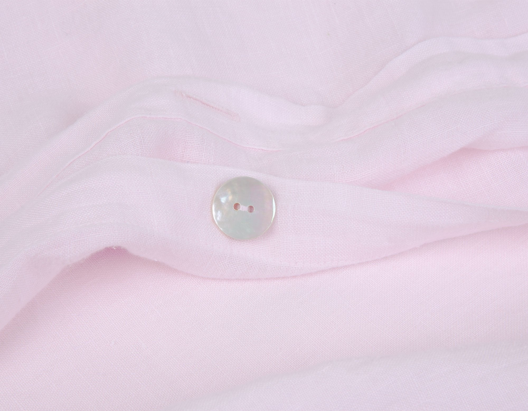 Linen Duvet Cover Detail in Soft Pink | scooms