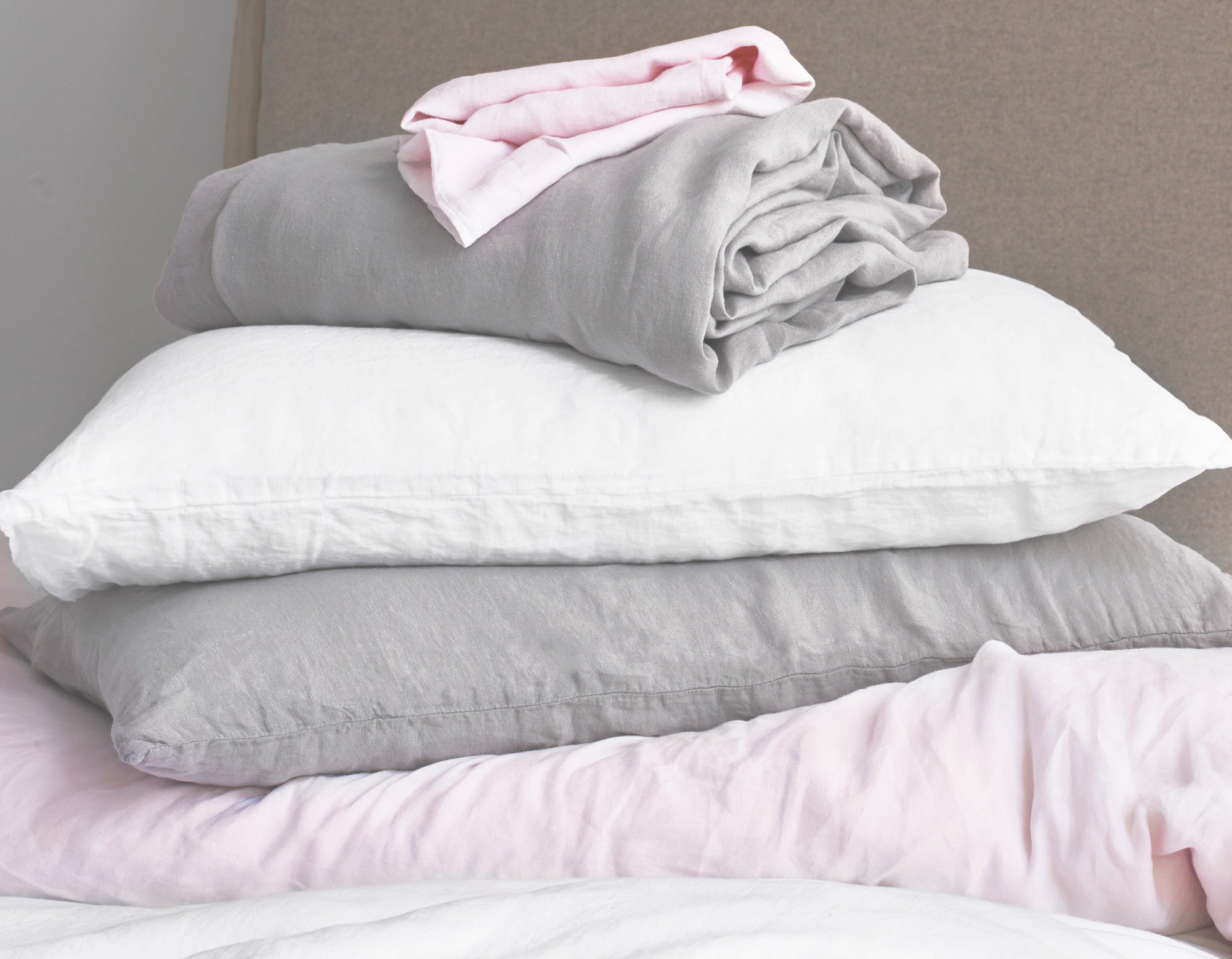 Linen Bedding in Grey, Pink, White | scooms