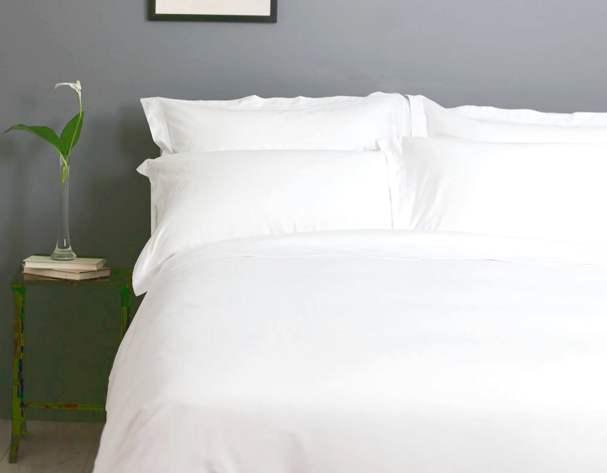 Hungarian goose down pillows on bed | scooms