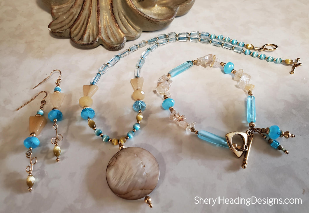 A Walk on the Beach Necklace, Bracelet and Earring Set
