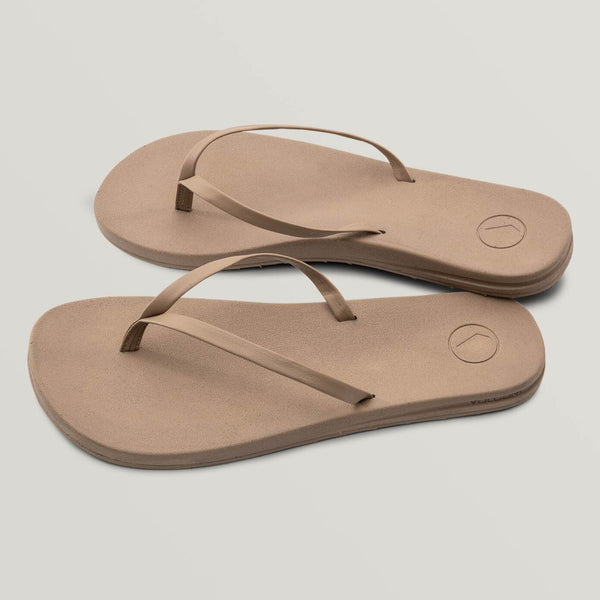 VOLCOM WOMENS E-CLINER PRAYER SANDALS TAN