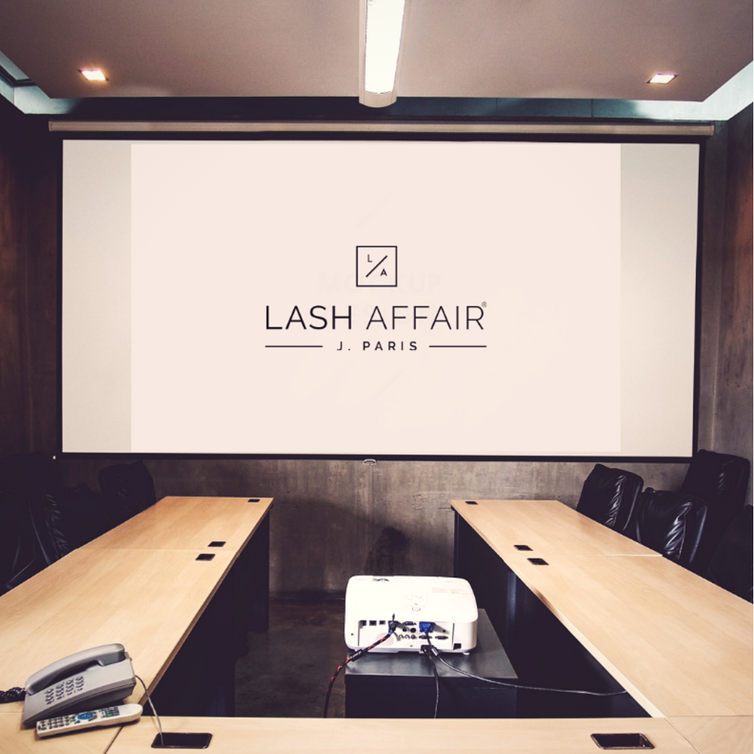 How to Integrate a New Hire Into Your Lash Business