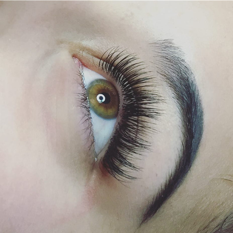 Kyra Danelle - Lash Artist of the Month