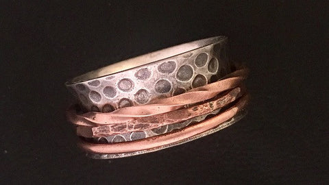 Pebbled Spinner with 3 Copper Rings