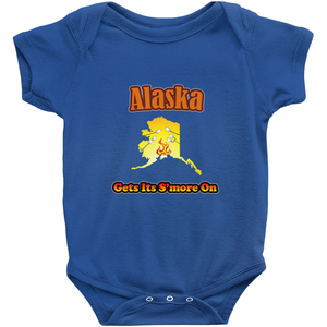 Alaska Gets Its S'more On! Novelty Infant One-Piece Baby Bodysuit