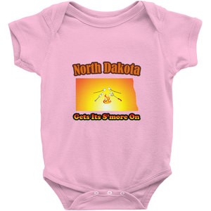 North Dakota Gets Its S'more On! Novelty Infant One-Piece Baby Bodysuit