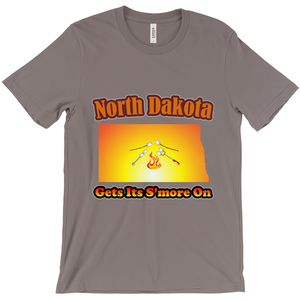 North Dakota Gets Its S'more On! Novelty Short Sleeve T-Shirt