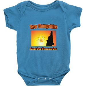 New Hampshire Gets Its S'more On! Novelty Infant One-Piece Baby Bodysuit