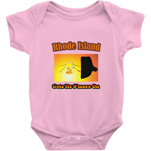 Rhode Island Gets Its S'more On! Novelty Infant One-Piece Baby Bodysuit
