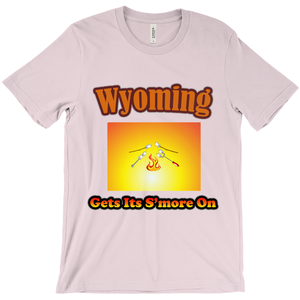 Wyoming Gets Its S'more On! Novelty Short Sleeve T-Shirt