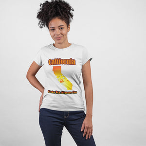 California Gets Its S'more On! Novelty Short Sleeve T-Shirt - CampWildRide.com