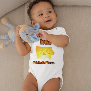 Iowa Gets Its S'more On! Novelty Infant One-Piece Baby Bodysuit