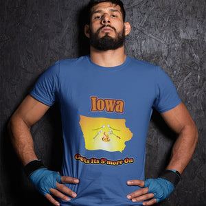 Iowa Gets Its S'more On! Novelty Short Sleeve T-Shirt