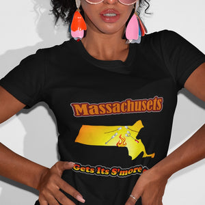 Massachusetts Gets Its S'more On! Novelty Short Sleeve T-Shirt