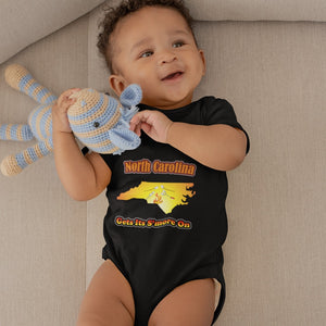 North Carolina Gets Its S'more On! Novelty Infant One-Piece Baby Bodysuit