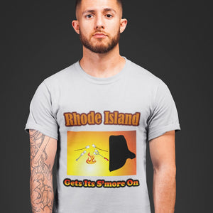 Rhode Island Gets Its S'more On! Novelty Short Sleeve T-Shirt