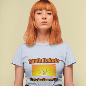 South Dakota Gets Its S'more On! Novelty Short Sleeve T-Shirt