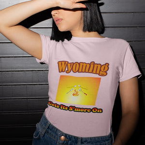 Wyoming Gets Its S'more On! Novelty Short Sleeve T-Shirt - CampWildRide.com