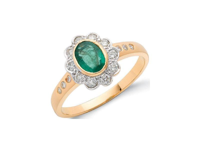 gold ring with oval emerald and diamonds in a flower shape