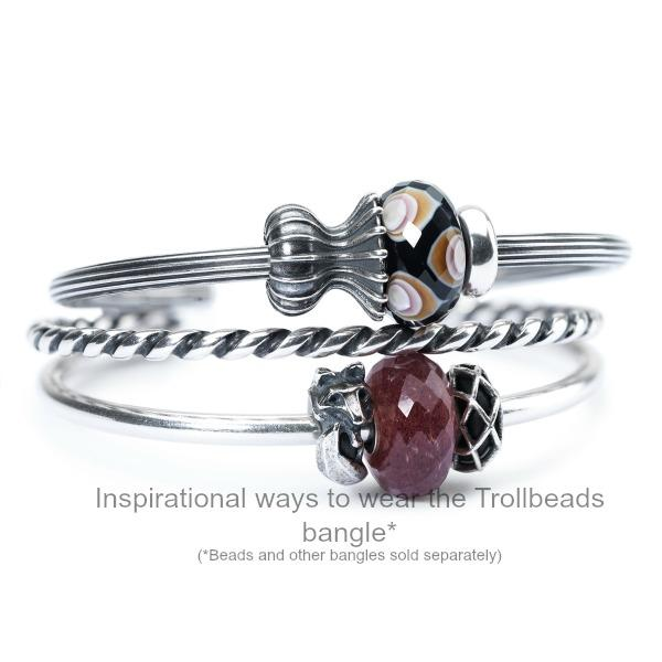 Trollbeads solid silver, open-ended bangle with ridges running along the length, can be worn with or without modern charm beads, Trollbeads