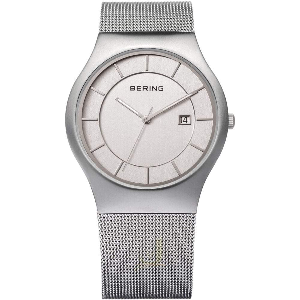 Men's Bering watch with mesh strap, white dial and date function at 3 o'clock position