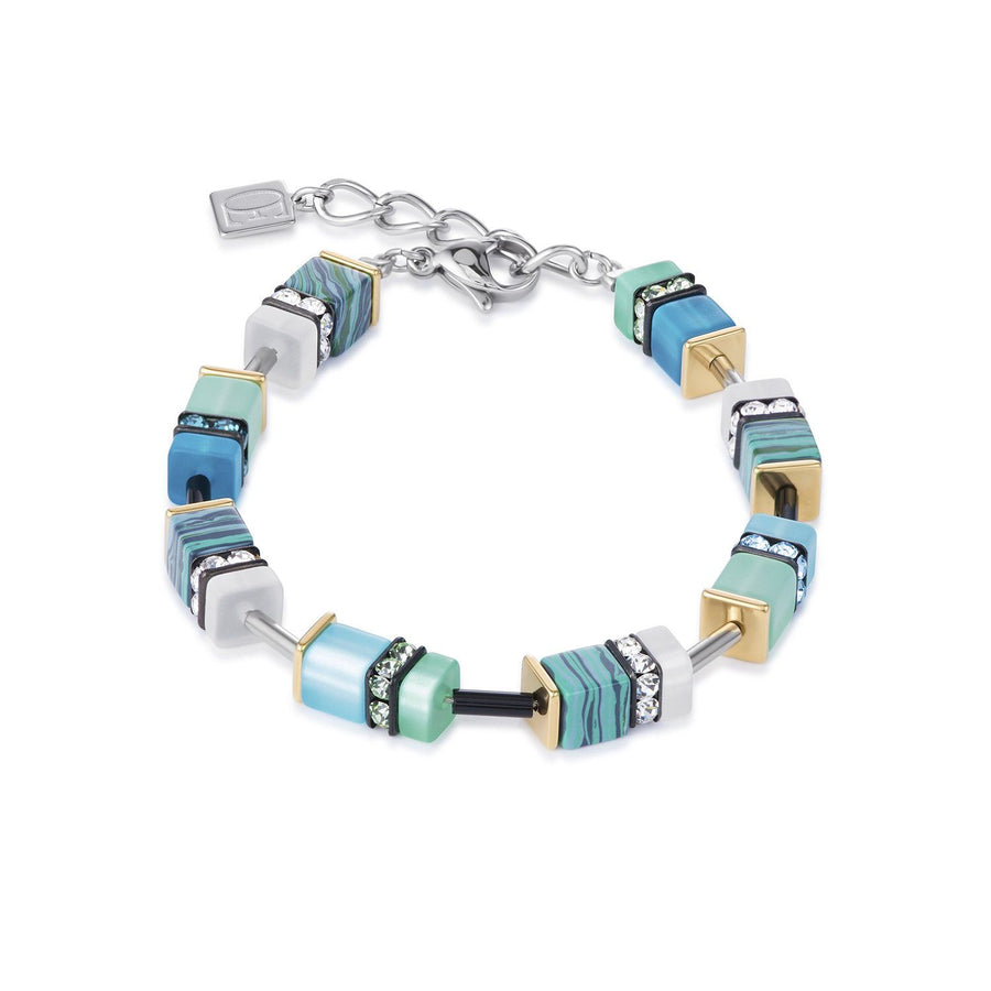 Bracelet of turquoise and green cubes with Swarovski crystals