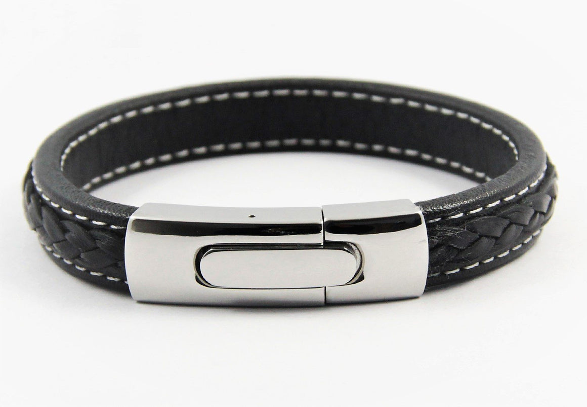 Magnetic leather bracelet for men in black with plaited centre and stainless steel clasp