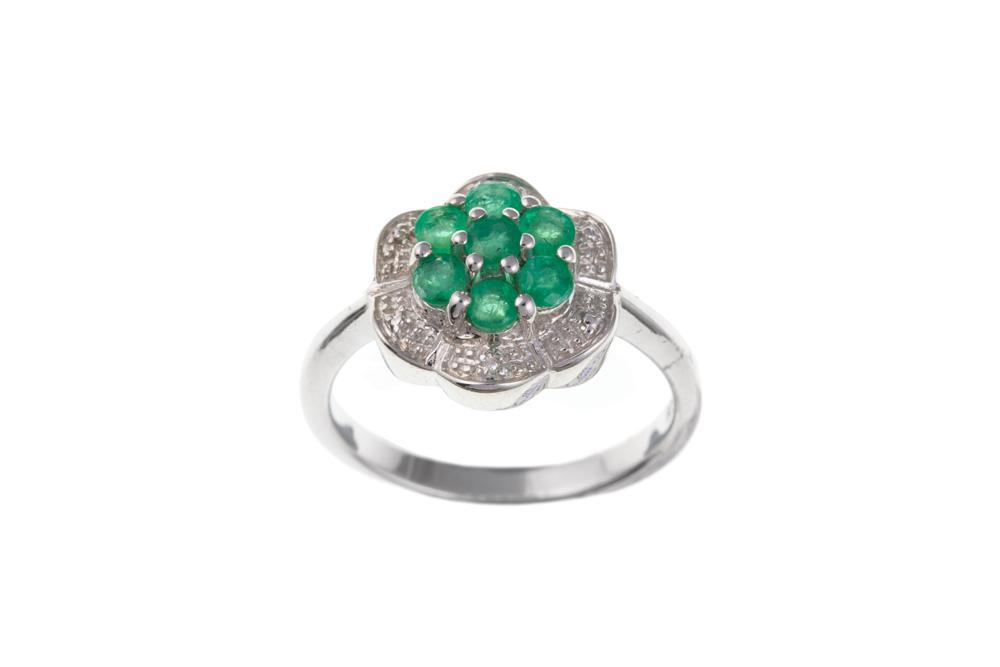 silver real emerald and diamond ring in a flower design