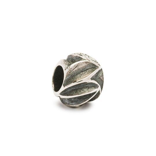 Trollbeads silver bead for modern charm bracelet, with lots of silver leaves called 'Falling Leaves'