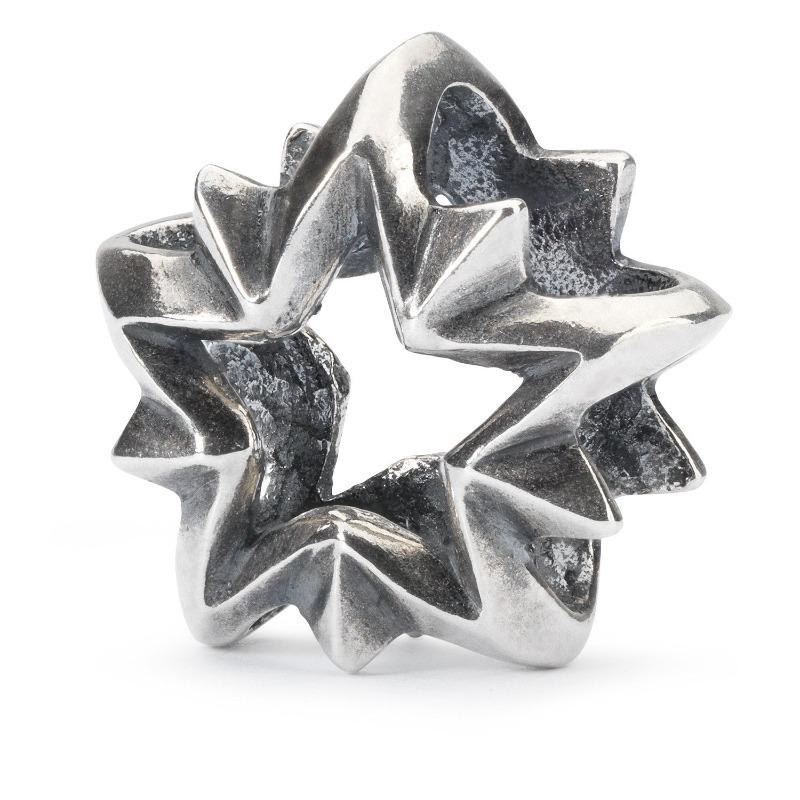 Silver charm bead for a Trollbeads bracelet, in an open star shape