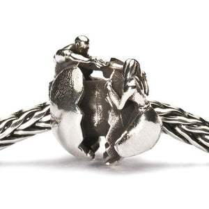 Trollbeads Holding on to Love Silver Bead