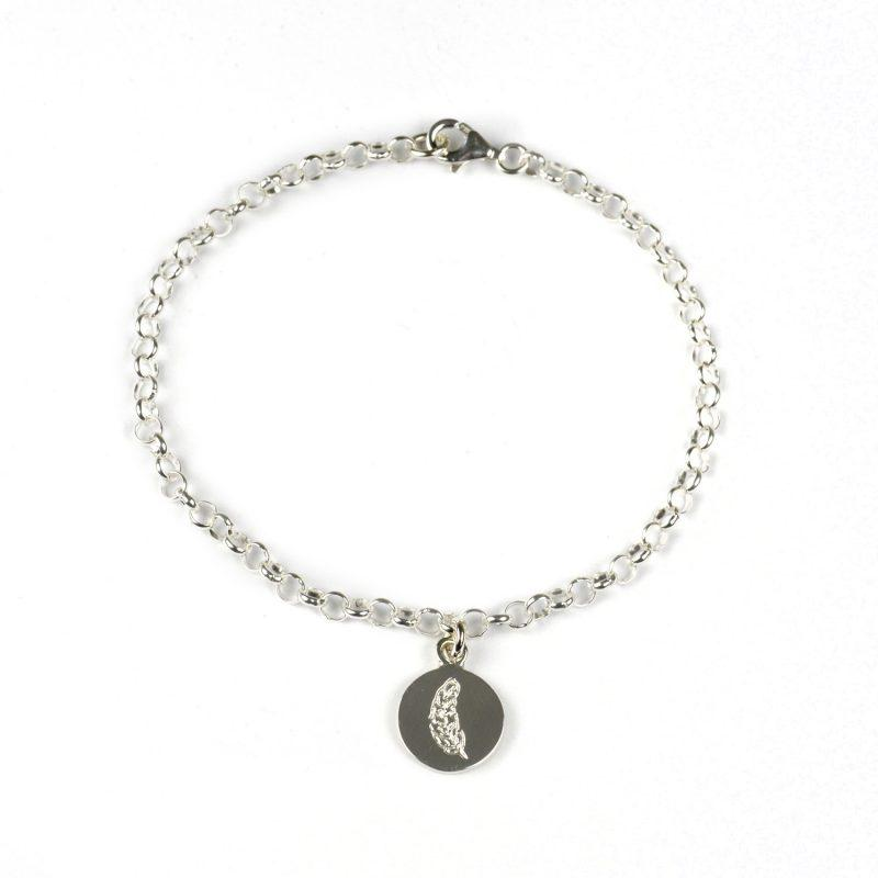Silver bracelet with disc with feather on