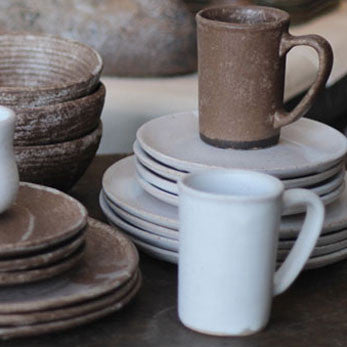 Peters Pottery Dinnerware