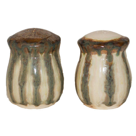 Good Earth Sparrow Salt And Pepper - TheMississippiGiftCompany.com
