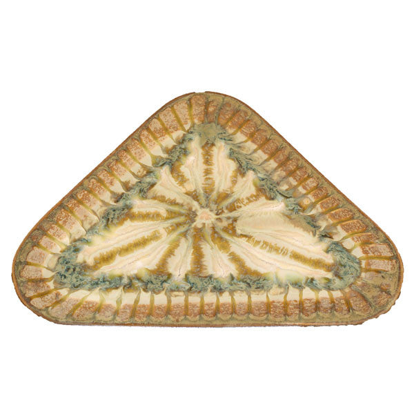 Good Earth Sparrow Medium Triangle Plate - TheMississippiGiftCompany.com