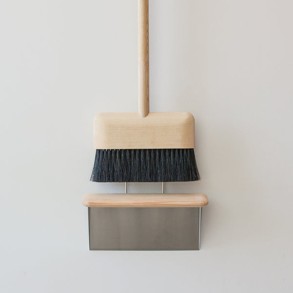 Wood Broom with Dustpan
