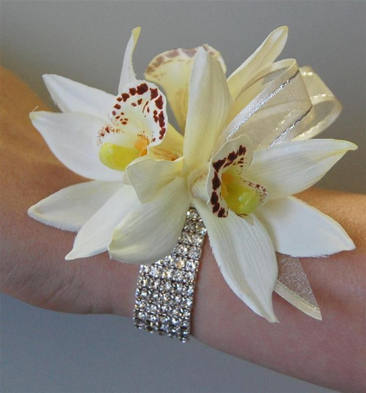 Orchid Crosage with Upgrade rhinestone wristlet