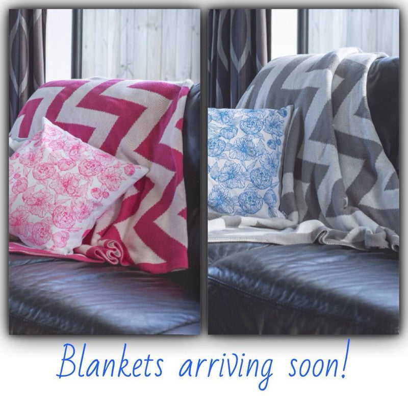Home-lee blankets and throws