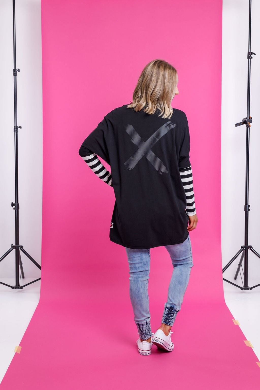 LONG SLEEVE BATWING CARDI - Black with Black X print