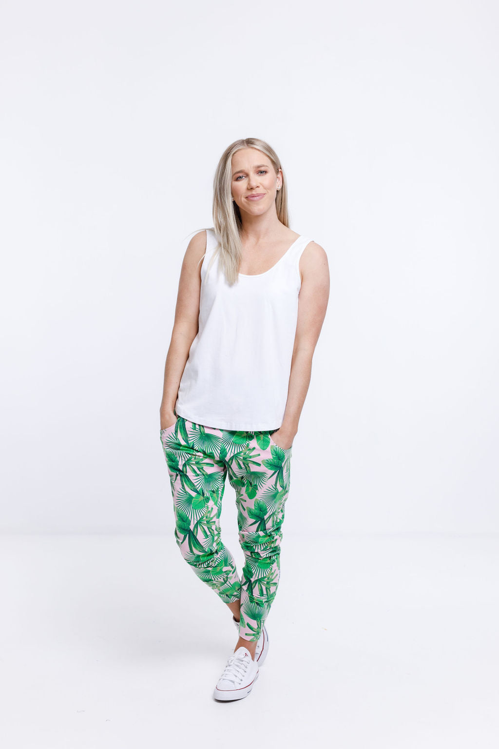 APARTMENT PANTS - Tropical Palm Print